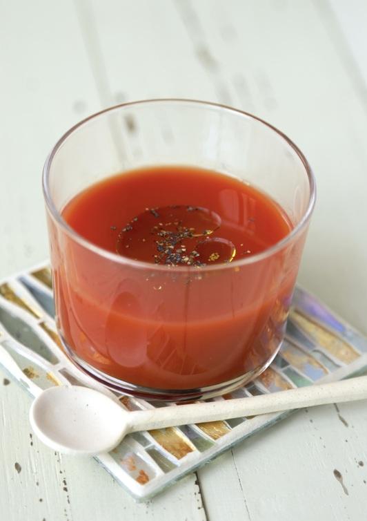 トマトジュースでスープ