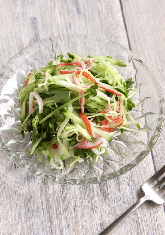 かにかまとみどりのやさいのサラダ