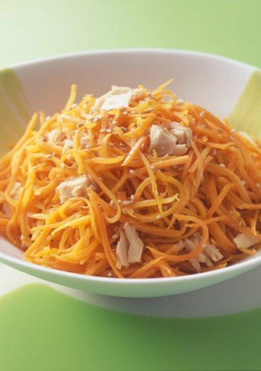 にんじんとツナの酢サラダ