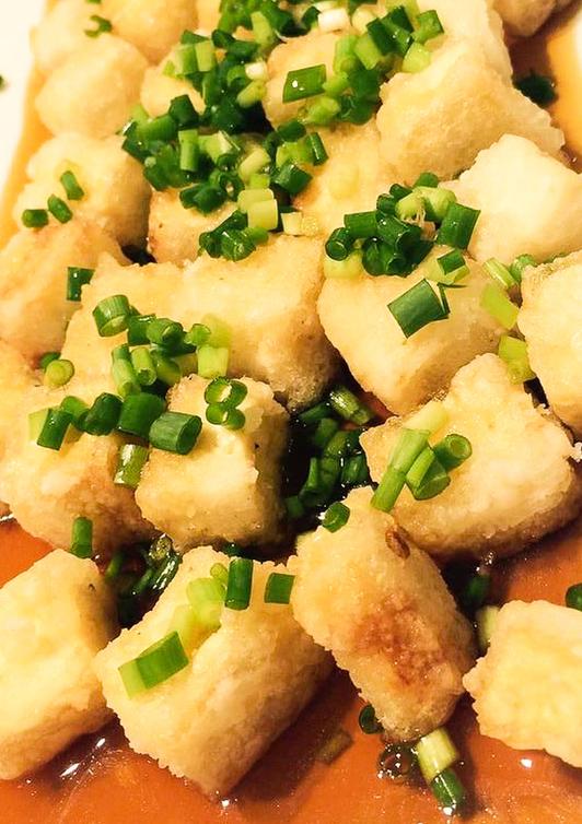 一口サイズの揚げ出し豆腐