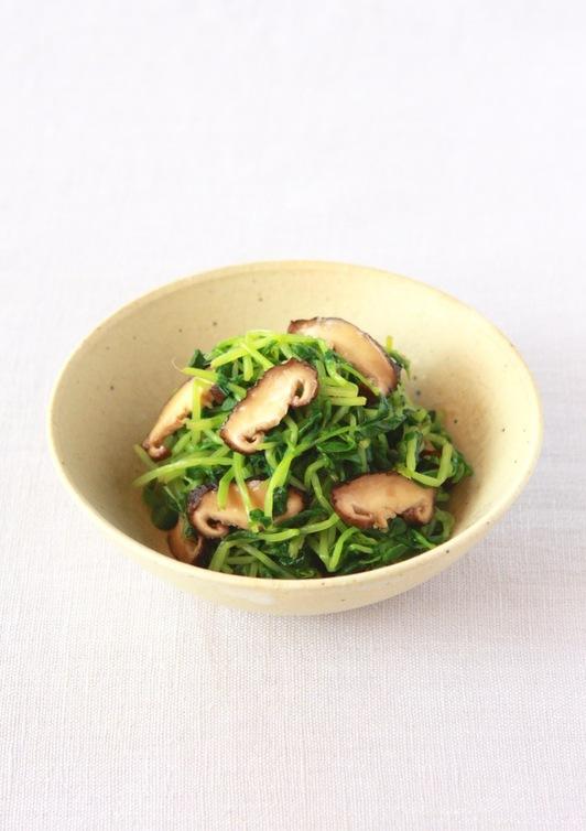 豆苗と椎茸の生姜醤油和え
