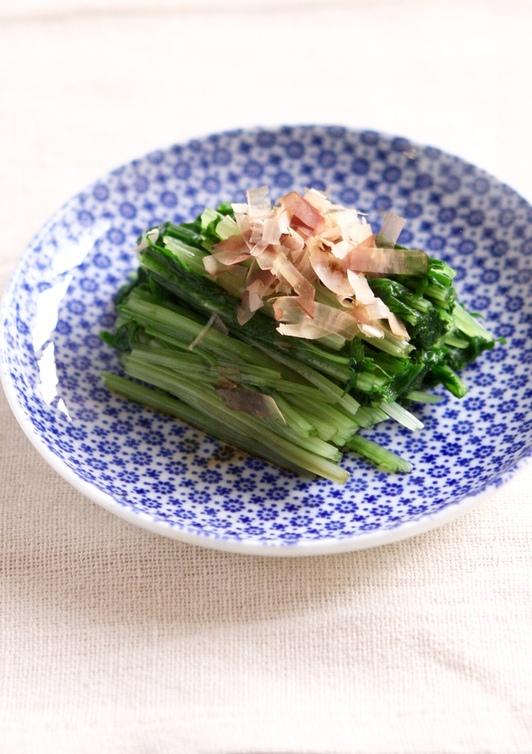 簡単 かつおぶしたっぷり水菜のおひたし