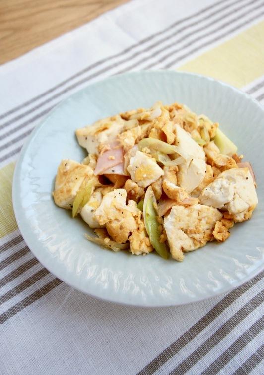 朝食に 豆腐チャンプルー