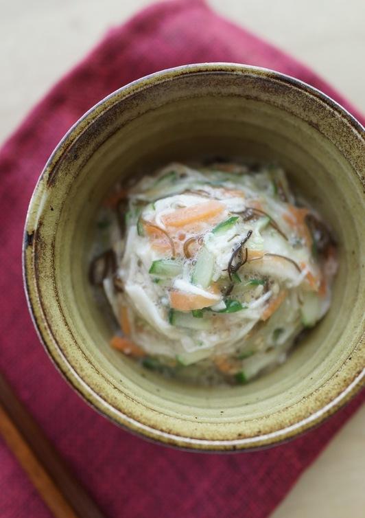 長芋ともずく酢のとろっとろサラダ