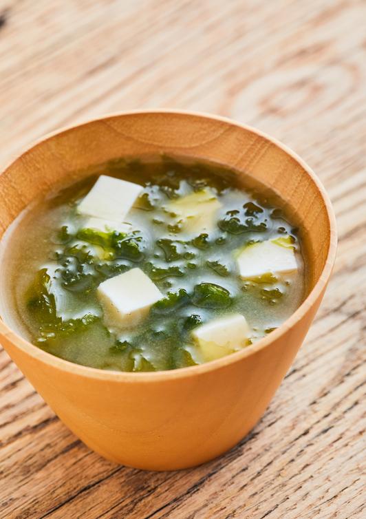 豆腐とあおさのみそ汁