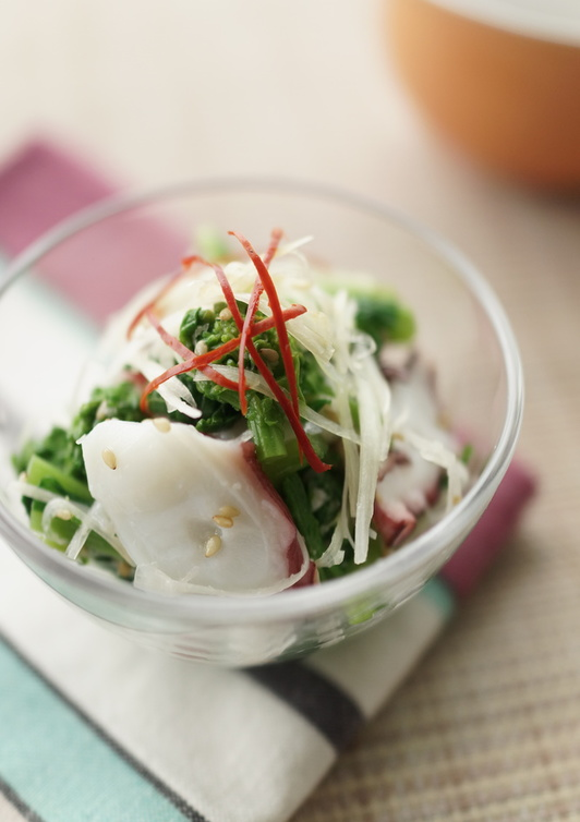 菜の花とタコの塩麹ナムル