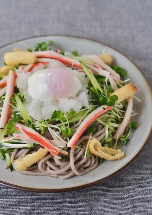 柚子胡椒のピリ辛サラダ蕎麦