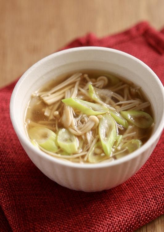 えのきで なんちゃってふかひれスープ