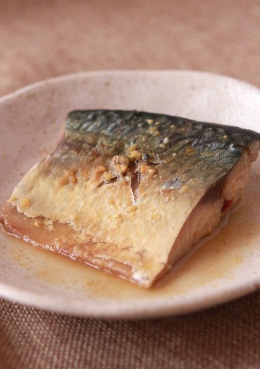 鯖のにんにく味噌煮