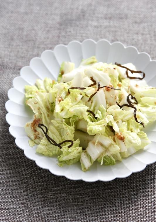 時短簡単 白菜の梅塩昆布和えナムル風