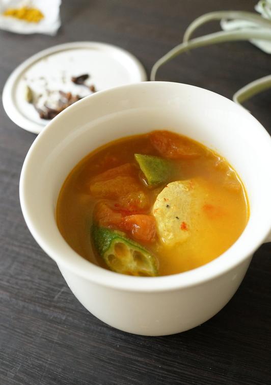 ガンボ風カレースープ