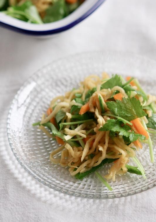 切り干し大根と三つ葉のサラダ
