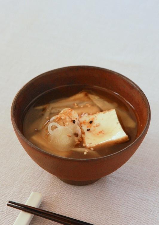 厚揚げとごぼうのコク旨味噌汁