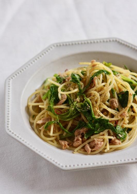 たっぷりセロリ葉とツナと生姜スパゲティー