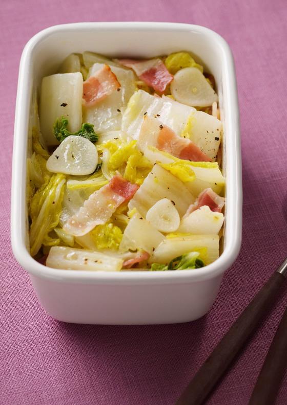 白菜とベーコンのオイル蒸し
