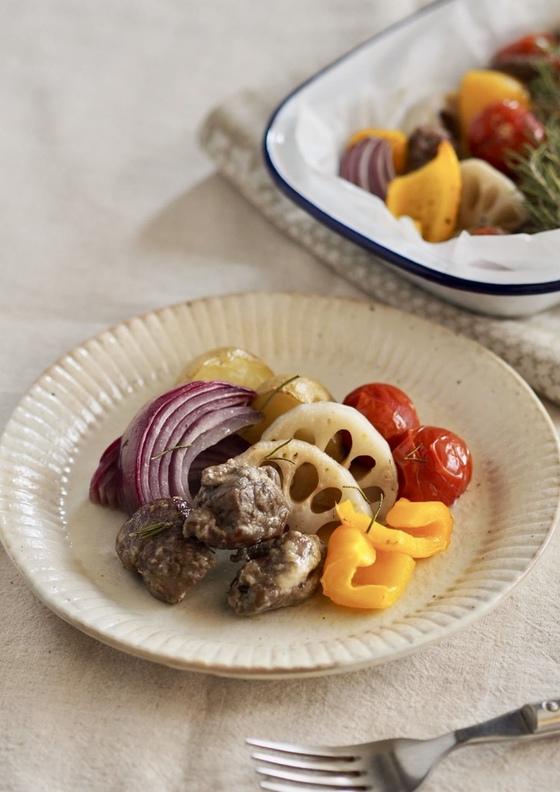 ラム肉とごろごろ野菜のオーブン焼き