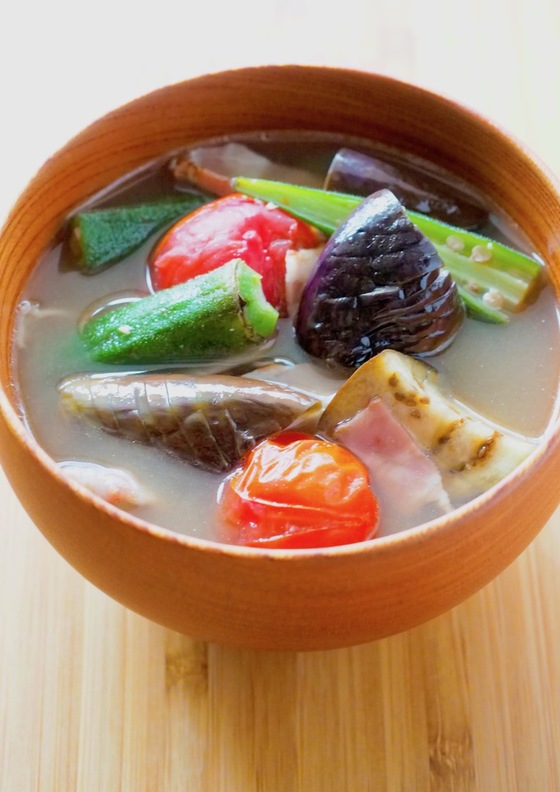 ごろごろ夏野菜のおかず味噌汁