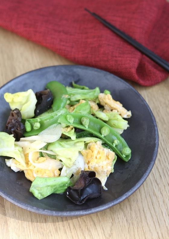 卵と春キャベツの中華炒め