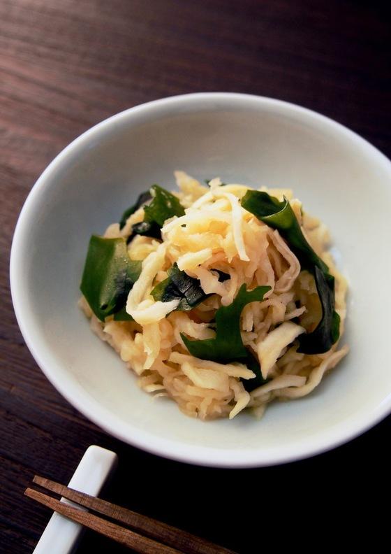 健康美人 切干大根とワカメの中華サラダ