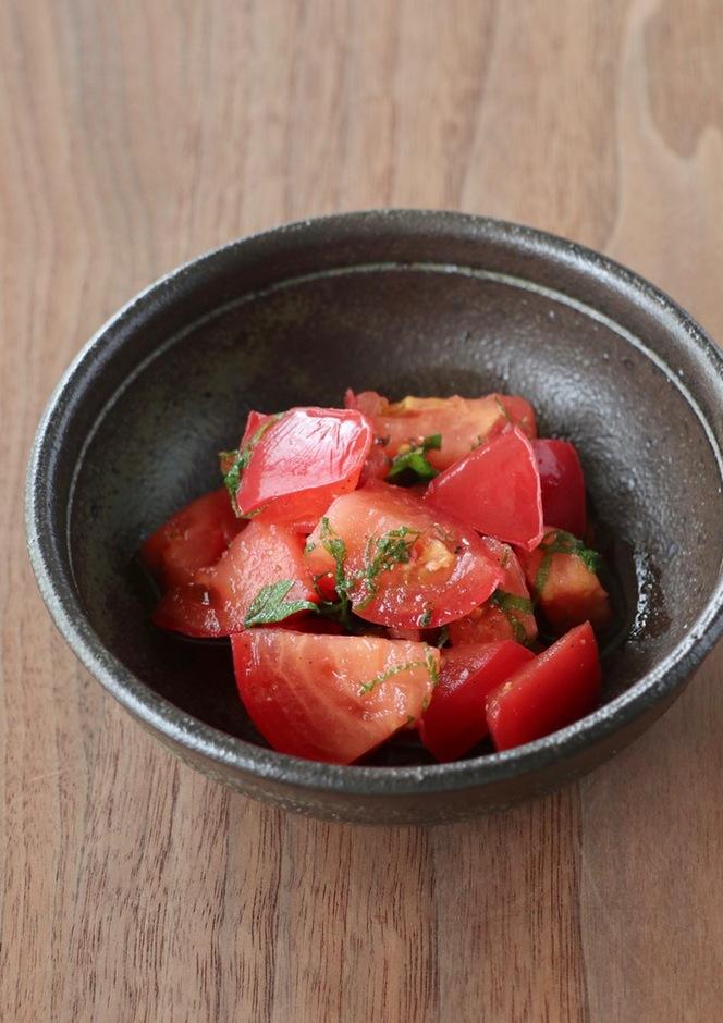 トマトと青じそのポン酢和え