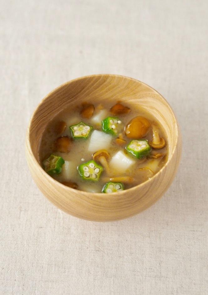 なめこ 長芋とオクラのお味噌汁