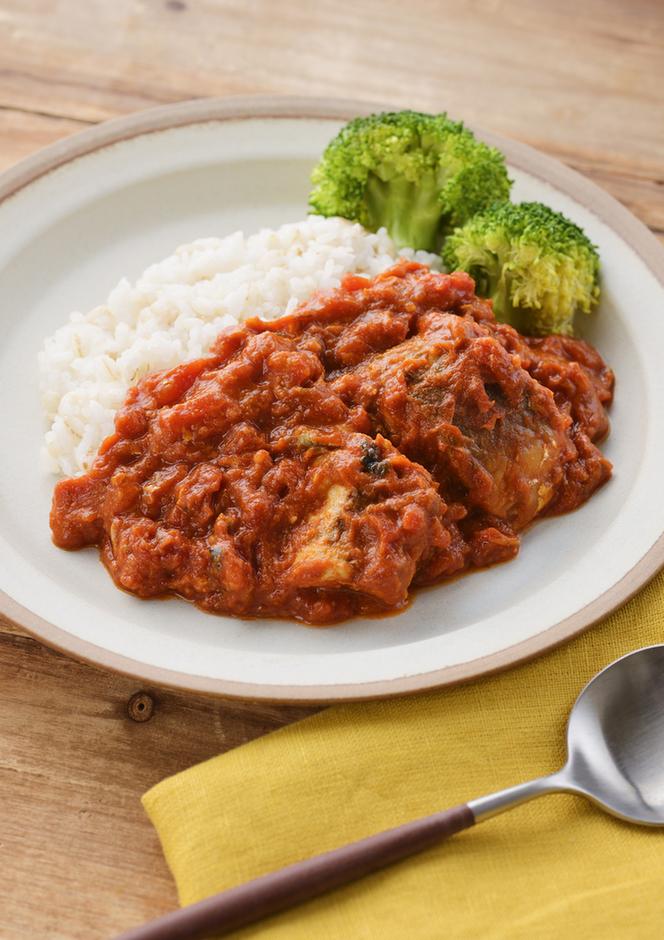 フライパンで時短簡単 トマトとさば缶のカレー