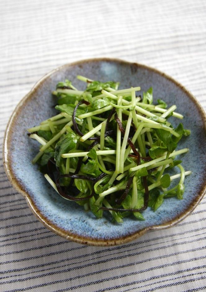 豆苗の塩昆布サラダ
