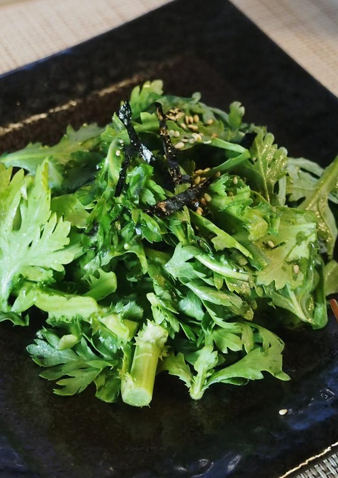 ゴマ油たっぷり 生春菊のサラダ