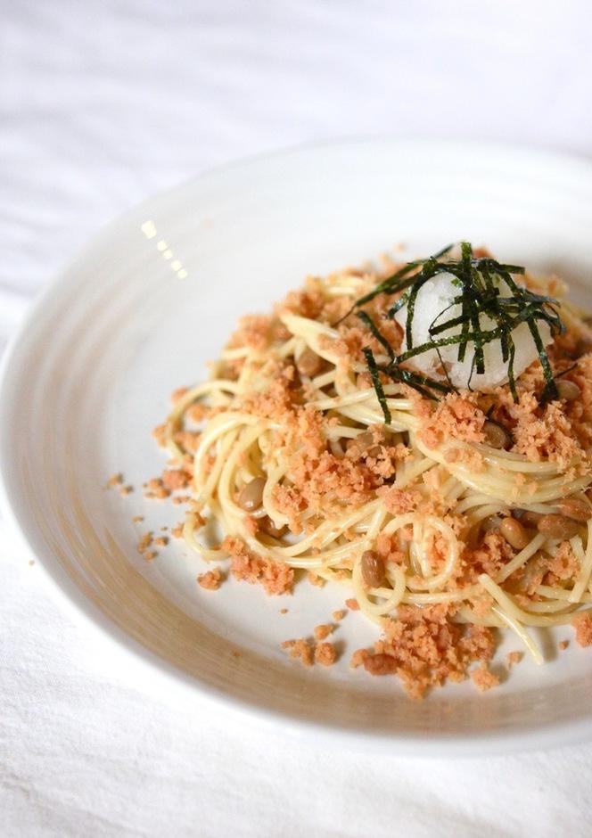 鮭フレークとおろし納豆のスパゲッティー
