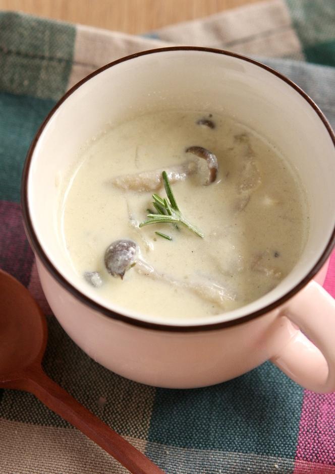 ささみとキノコの豆乳スープ