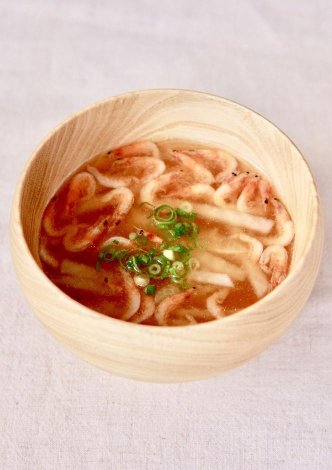 桜海老と大根のお味噌汁