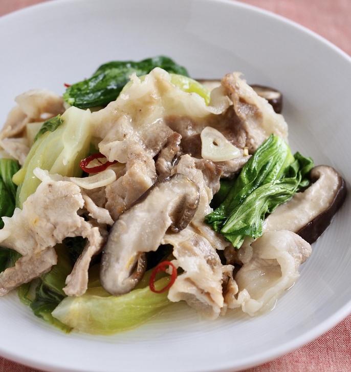豚肉と野菜の中華風オイル蒸し