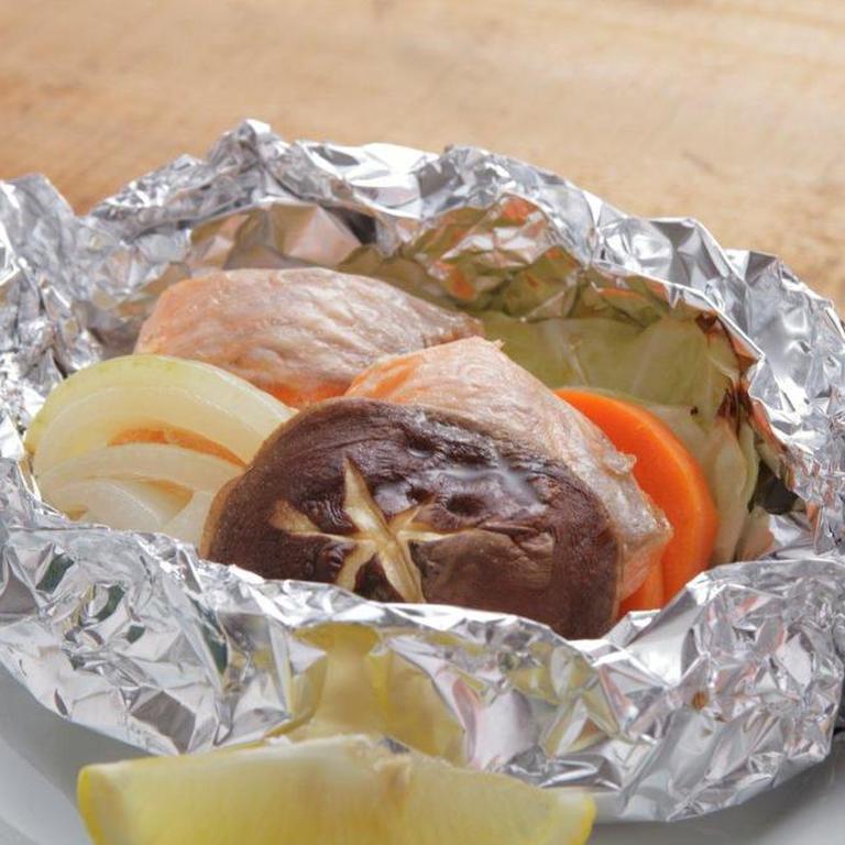 フライパンで簡単 鮭の減塩ホイル焼き
