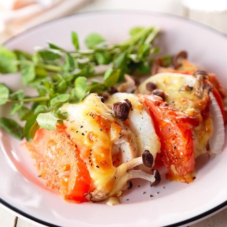 鶏とトマトのお手軽チーズ焼き