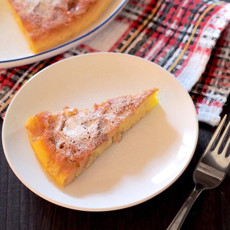 フライパンで焼く 角切りリンゴのケーキ