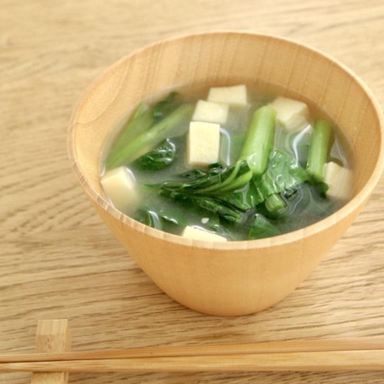 高野豆腐と小松菜の味噌汁