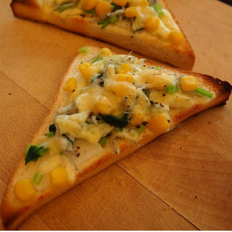 カルシウム満点 しらすチーズトースト