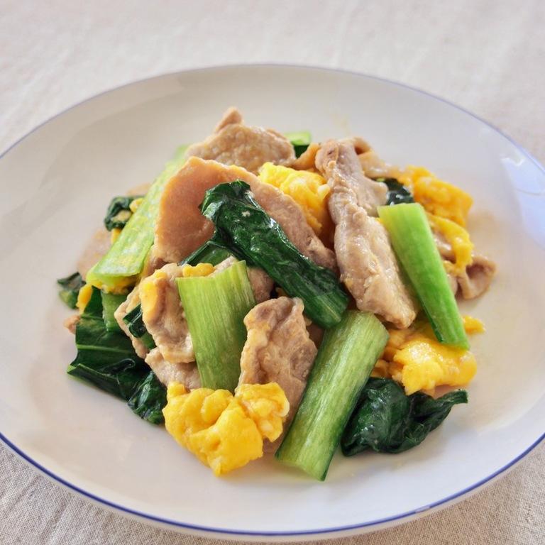 豚肉と卵と小松菜の炒めもの