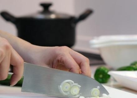 """食中毒を防ぐのにもっとも効果があるのは、おなじみの""""あれ""""[食の安全と健康:第5回 文・松永和紀]"""