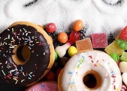菓子の摂取量がうつリスクに関連[ヘルスデーニュース]