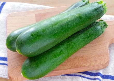 「ズッキーニ」ってどんな野菜?