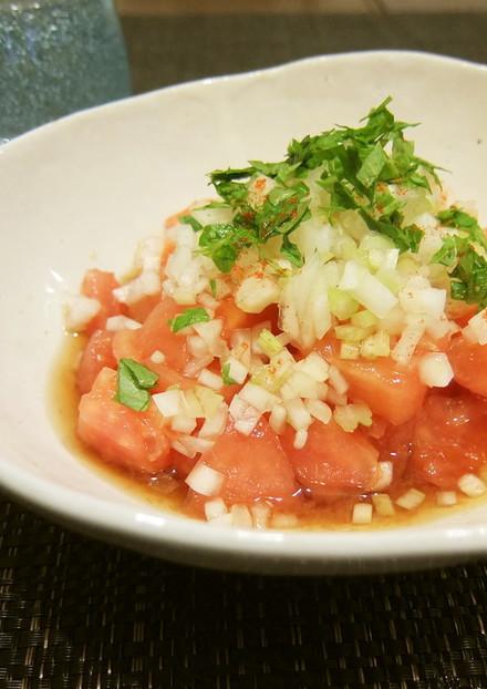 ノンオイルのおもてなしトマトサラダ