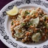 大麦とカリフラワー ひよこ豆のサラダ