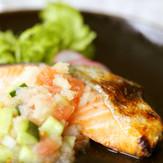 焼き鮭カラフルお野菜みぞれ酢かけ