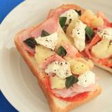 水切りヨーグルトで マルゲリータ風ピザ