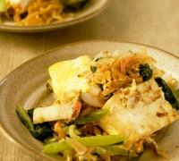 骨太 豆腐と小松菜のチャンプルー