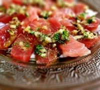 マグロのカルパッチョ風サラダ