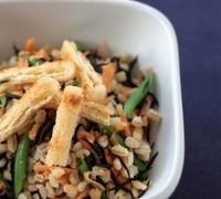 押し麦とひじきのヘルシーサラダ