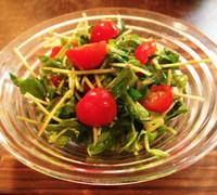豆苗とミニトマトの和風サラダ