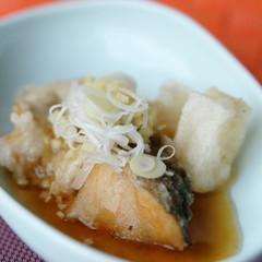 鱈と揚げもちの生姜風味あんかけ